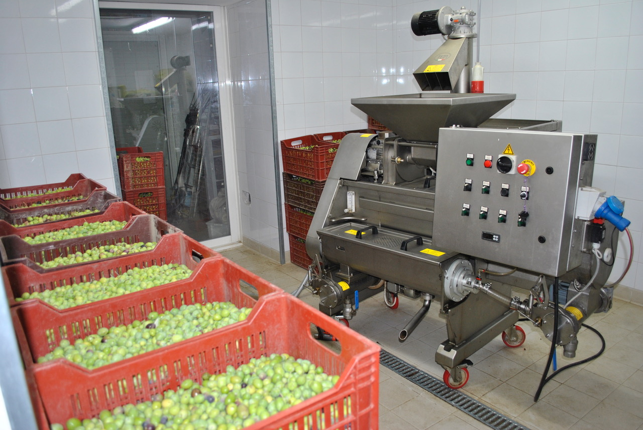 La-Paysanne-moulin-à-huile